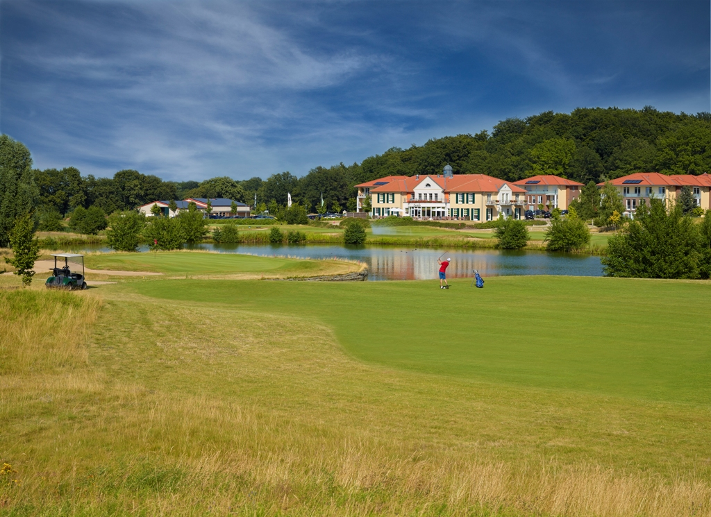 golfhotel best western premier castanea resort hotel in 21365 adendorf l neburg. Black Bedroom Furniture Sets. Home Design Ideas