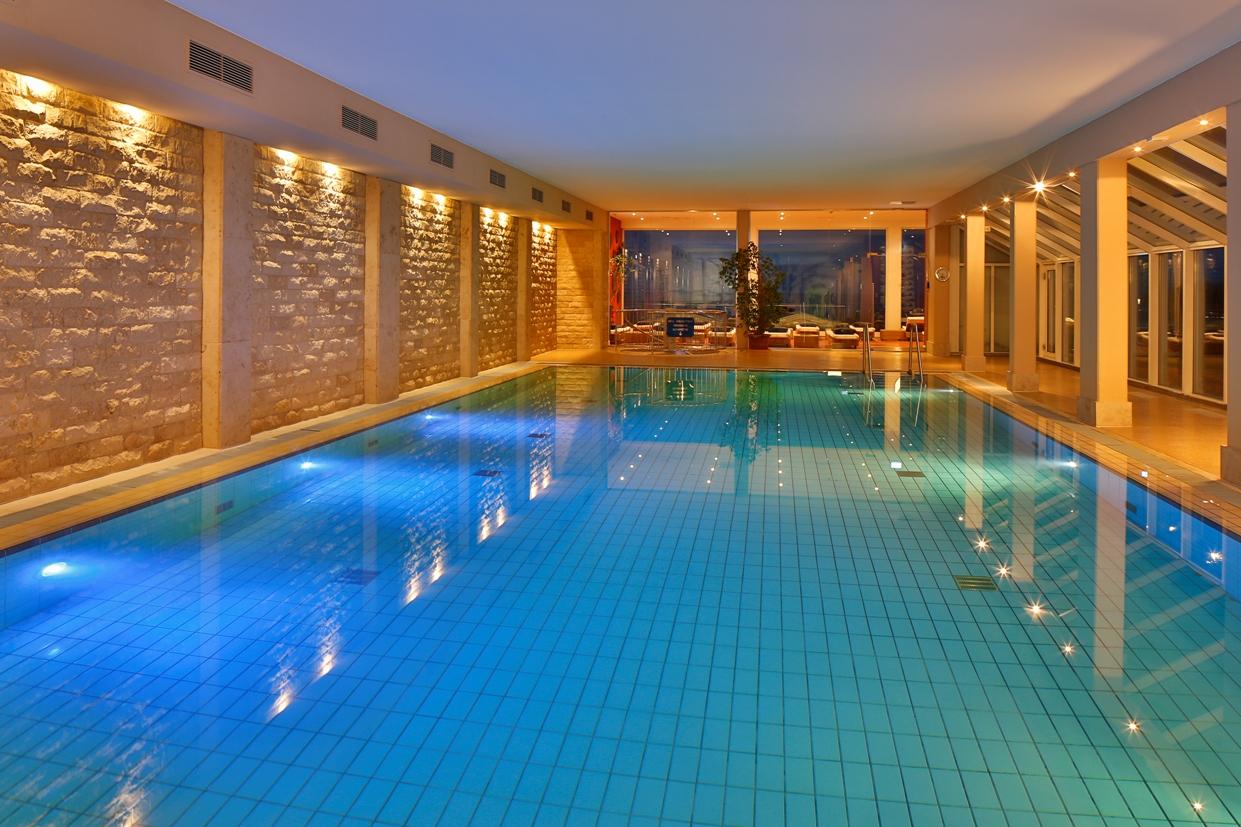 golfhotel grand hotel seeschl sschen spa golf resort in 23669 timmendorfer strand. Black Bedroom Furniture Sets. Home Design Ideas